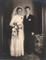 <h5>1954 </h5><p>Endlich wird wohl meine Mutter gedacht haben :-)</p>